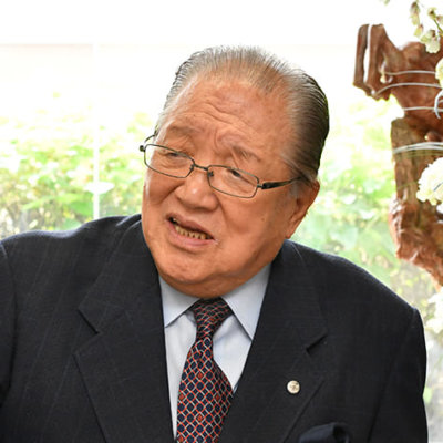 【菅総理】誕生の背景にパチンコ・パチスロ界のドン 「東京五輪」買収資金5億円を用意した人物とは …