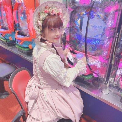 【パチンコ×ロリータ】日本ロリータ協会会長青木美沙子さんがパチンコ店で撮影!この違和感・・