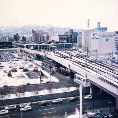 【眼福】今から約30年前、札幌駅で建設中のベガスベガス(パチ屋)の写真を添えて