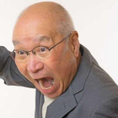 【ヌシ】パチ屋並んでたらジジイが「俺2スロ仕切ってっからよぉ!」と大声で凄んでてニヤニヤが止まらないwww